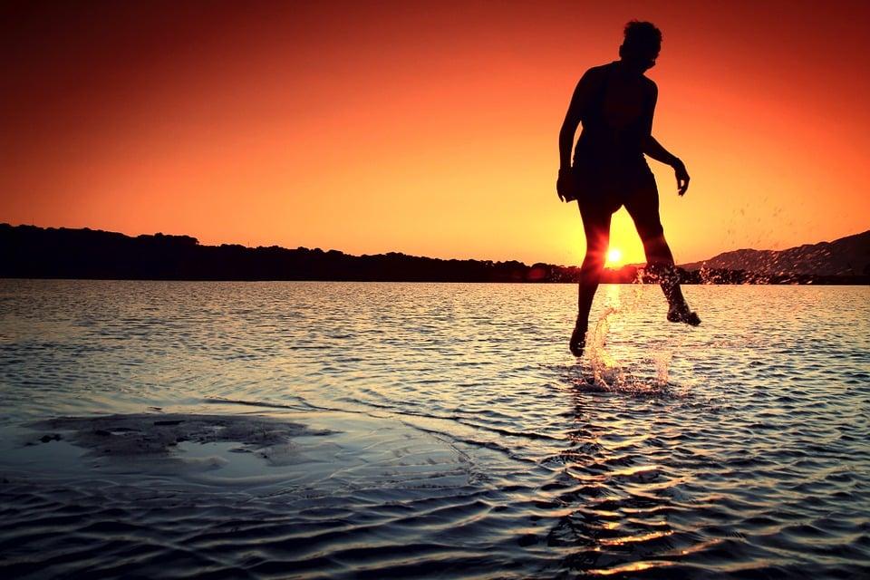 Warum der Schritt ins kalte Wasser so gut sein kann